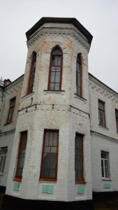 Романтична готика палацу Мордвинових